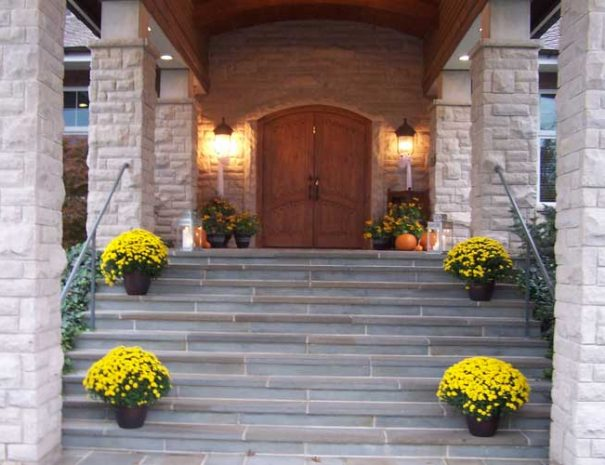 Entrance to Stonelick clubhouse decorated for a fall wedding